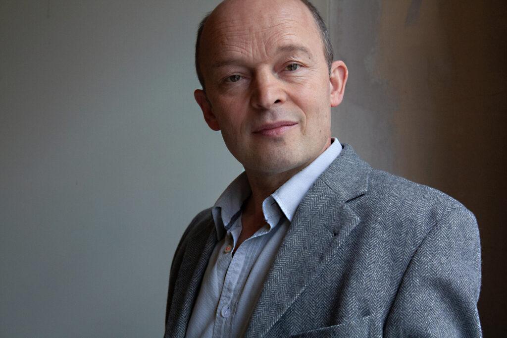 Hans-Georg Pachmann seriös, Kommissar